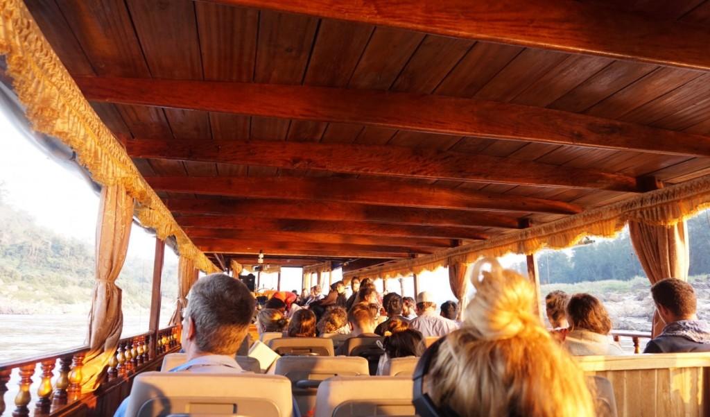 Slow boat seats