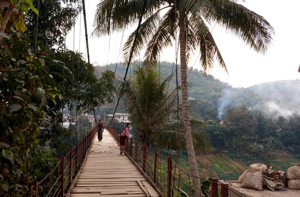 Muang Khua bridge