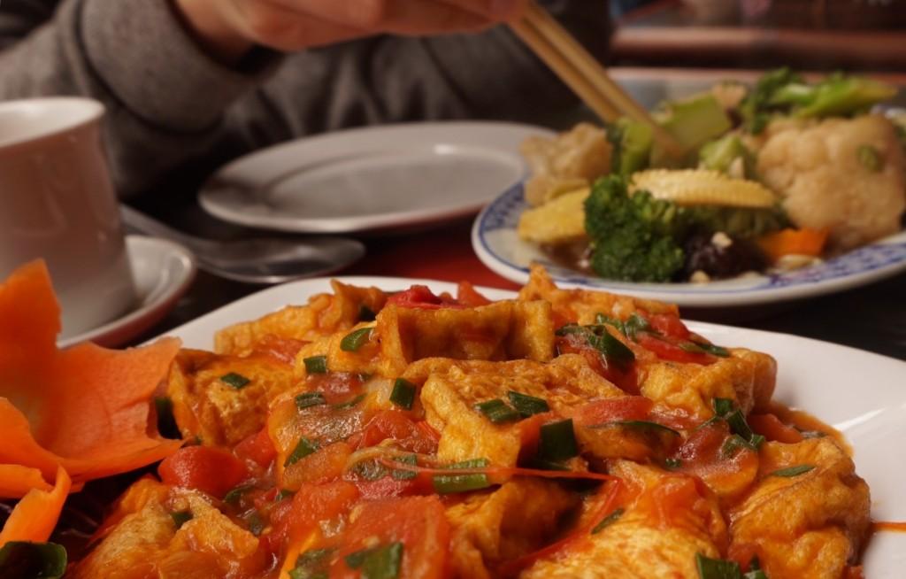 Hanoi vegan food lunch