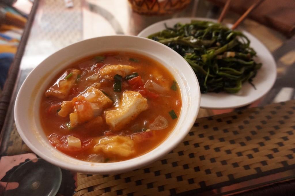 Viet Bamboo tofu tomato