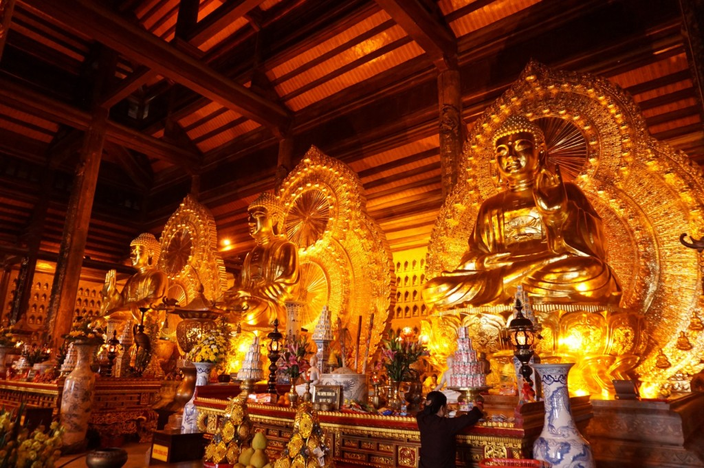 Bai Dinh Temple buddha